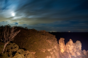 three sisters by moonlight